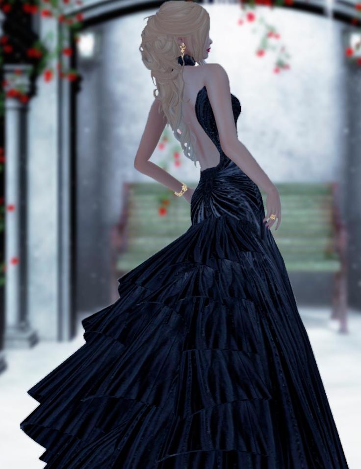 vero-modero-nue-gown